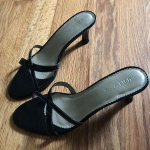 Unisa Shoes - Unisa 2 inch black heels.